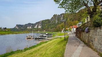 Foto Kurz hinter Rathen an der Elbe