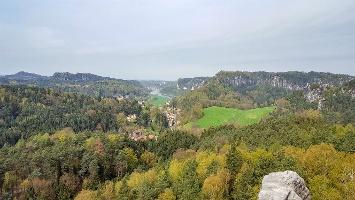 Foto Aussicht vom Gamrig über das Rathener Gebiet