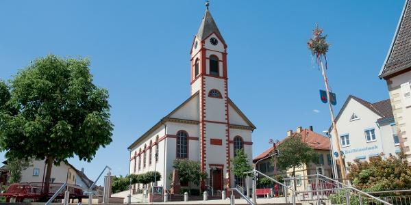 Kreuzkirche in Kraichtal-Unteröwisheim