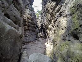 Foto Zerklüfteter Bereich an der Kleinsteinhöhle