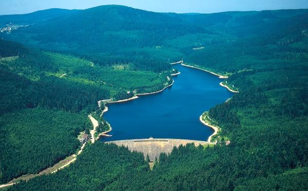 Schwarzenbach-Rundweg