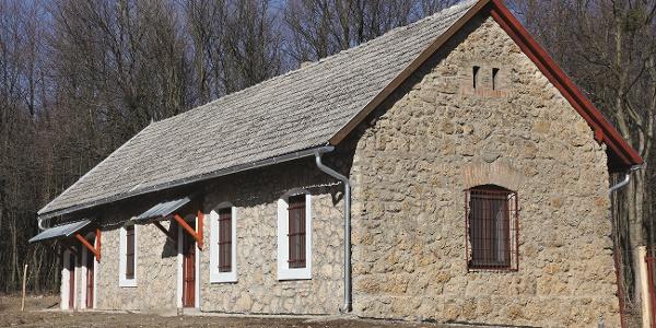 Malasics-ház, Bakony