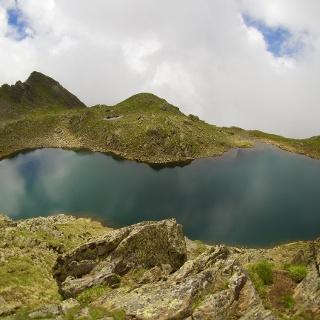 wunderschön gelegene Kompfoss See