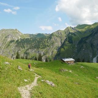 Auf dem Weg Richtung Untere Lugen-Alpe