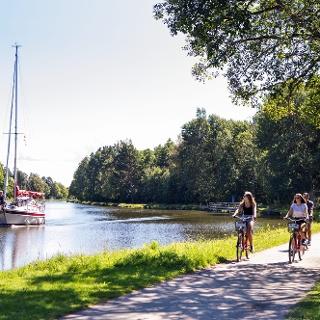 Radfahren am Göta-Kanal