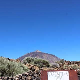 Blick auf den Teidegipfel von Portillo Alto. Aufgenommen auf dem Parkplatz Restaurante Bamby