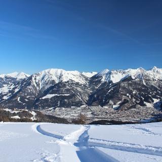 Etwas oberhalb von der Skihütte Fuchsbau genießt man einen sensationellen Blick auf Bludenz.