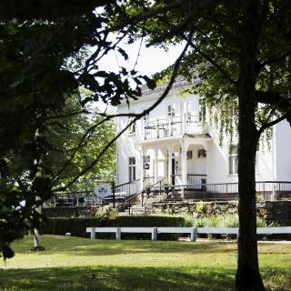 Hofsnäs Herrgård