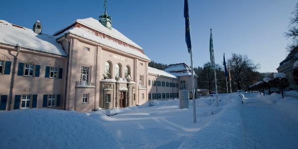 Historisches Albertbad im Winter