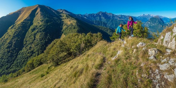 The trail on the ridge between lake Garda and Ledro Valley