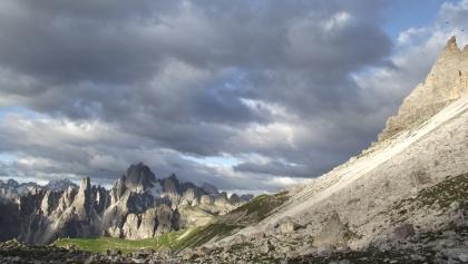 Blick von der Lavaredohütte nach Südwesten zur Cadinigruppe.