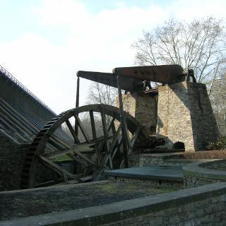 Großes Rad am Ludwigsbrunnen