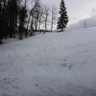 der Starthang, gerade noch genug Schnee, wird morgen gut gefroren sein, dann reichst noch lange