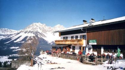 Jausenstation Hollenauer Kreuz im Winter