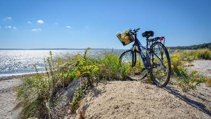 A relaxing week of easy-going biking and brilliant beaches