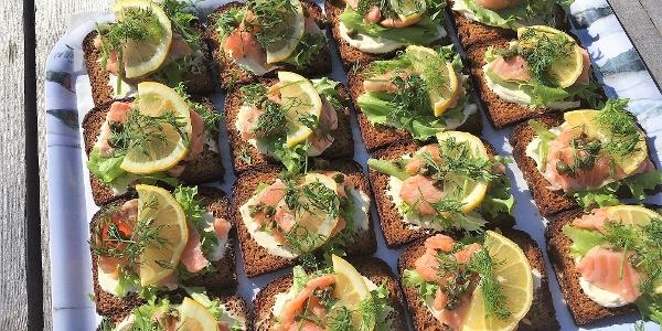 Smoked fish sandwiches