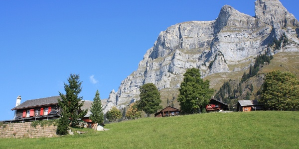 Alp Lüsis - Eindrucksvolle Kulisse