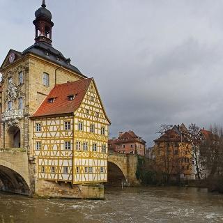 Altes Rathaus mit Museum Ludwig