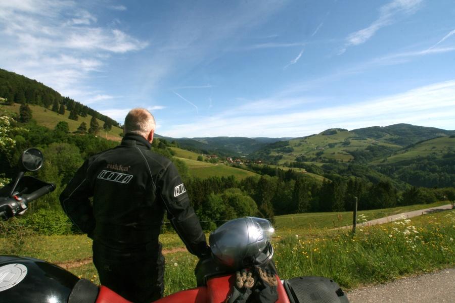 Über die Grenze in die Schweiz