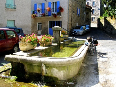 Saint-Germain-Laprade: Dorfbrunnen