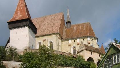 Biserica fortificată Biertan - se vede sistemul de 3 ziduri fortificate