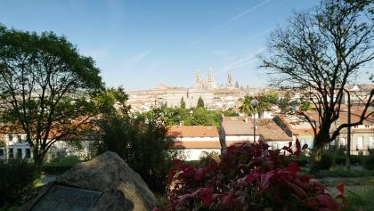 Wunderschöner Blick vom Parque de la Alameda auf die Kathedrale von Santiago de Compostela
