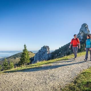 Wandern mit Chiemseeblick