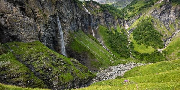 Flyschgestein in der Wasserfallarena Batöni