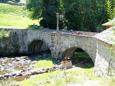 Brücke bei Saint-Chély-d'Aubrac