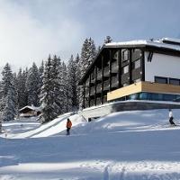 Sporthotel CRESTA in Oberlech