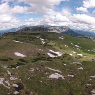 Rax und Schneeberg vom Windberg aus
