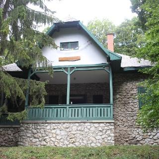 A Barátságkert kulcsosház