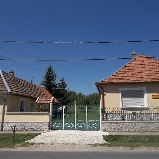 A Cserépdarabok Diákszállás és falusi szállás