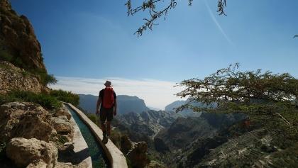 Atemberaubender Blick über das al-Dschabal al-Achdar Gebirge (W18)