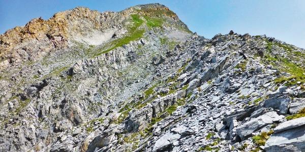 Schroff ist der letzte Abschnitt des Anstieges zum Gipfel des Brandberger Kolms