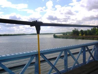 Blick auf ZusammenflussTarn und Garonne von Brücke D15