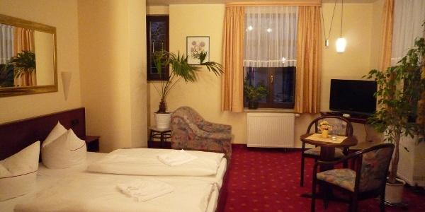 """Zimmer """"Wolkenstein"""" Hotel Cafe Friedrich"""