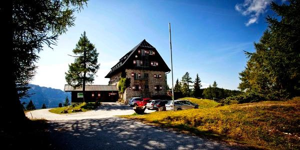 Linzer-Tauplitzhaus im Sommer