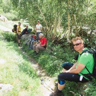 Pause am Aufstieg zur Refuge de la Selle