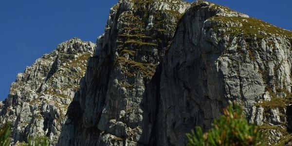 Gipfel Rombon 2208 m links