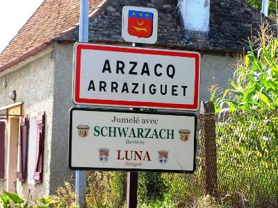 ungewohnte Ortsnamen im Baskenland