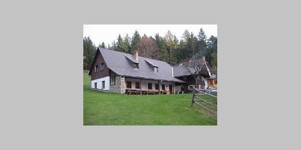 Schutzhütte von außen