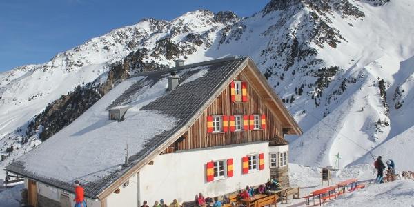 Potsdamer Hütte im Winter