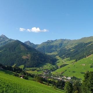Blick vom Oberen Höhenweg nach Innerlapbach und Großer Galtenberg