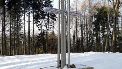 Neus Kreuz am Kürnberg 527m