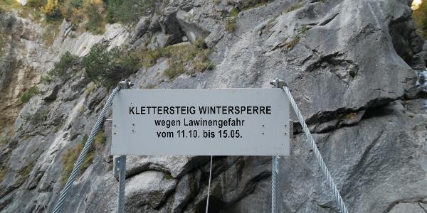 Wintersperre des Klettersteigs