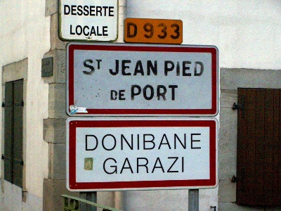 Ortstafel Saint-Jean-Pied-de-Port