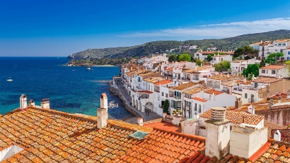 The whitewashed village of Cadaques