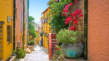 The colourful streets of Collioure