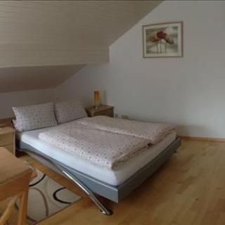 Schlafzimmer Blick 1